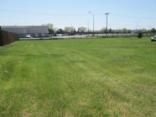 390 Market Place, Benton Harbor, MI 49022 (MLS #19020758) :: Deb Stevenson Group - Greenridge Realty