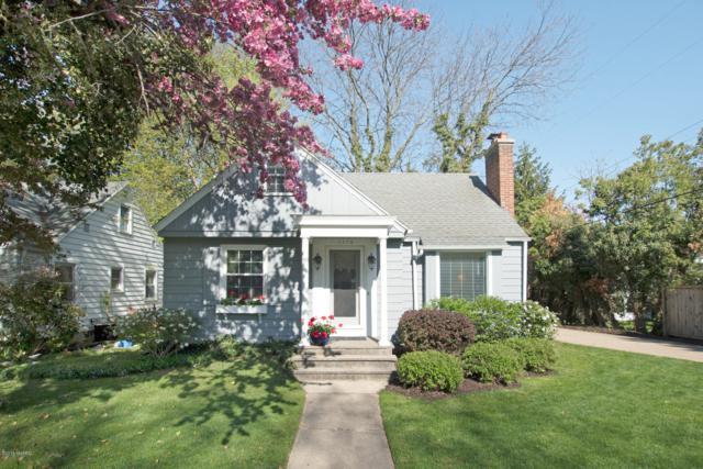 1776 Warwick Road SE, East Grand Rapids, MI 49506 (MLS #19020864) :: JH Realty Partners