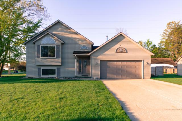 4204 Kings Row Court NW, Walker, MI 49534 (MLS #19020944) :: Matt Mulder Home Selling Team