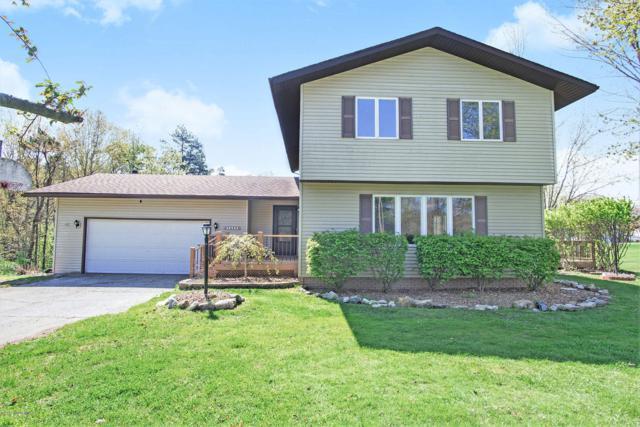 13534 Leonard Road, Nunica, MI 49448 (MLS #19021033) :: Matt Mulder Home Selling Team