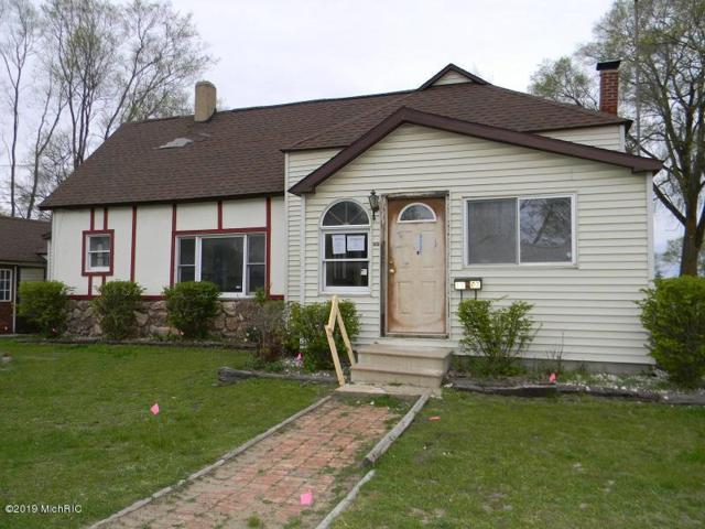 1103 N Kinney Avenue, Mount Pleasant, MI 48858 (MLS #19021153) :: Deb Stevenson Group - Greenridge Realty
