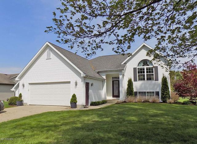 1012 Sunset Hills Avenue NW, Walker, MI 49534 (MLS #19021207) :: Matt Mulder Home Selling Team