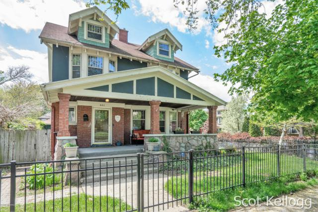 601 College Avenue SE, Grand Rapids, MI 49503 (MLS #19021218) :: JH Realty Partners