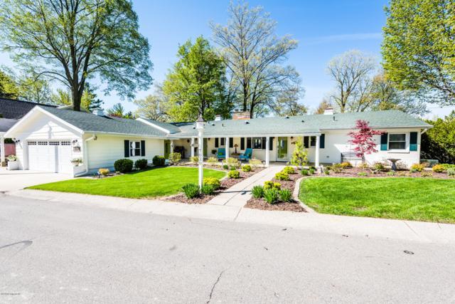 7030 N Maple Drive, Coloma, MI 49038 (MLS #19021239) :: Matt Mulder Home Selling Team