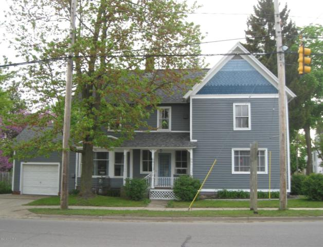 352 Cutler Street, Allegan, MI 49010 (MLS #19021327) :: Deb Stevenson Group - Greenridge Realty