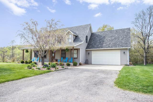 6233 Coan Street NE, Sand Lake, MI 49343 (MLS #19021344) :: Deb Stevenson Group - Greenridge Realty