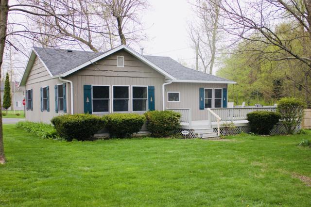 93061 Streeter Drive, Lawton, MI 49065 (MLS #19021461) :: Matt Mulder Home Selling Team