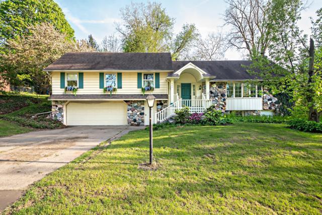 460 Yellow Creek Drive, St. Joseph, MI 49085 (MLS #19021499) :: Matt Mulder Home Selling Team
