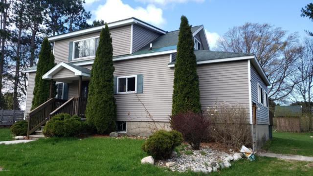4250 Maple Road, Manistee, MI 49660 (MLS #19021550) :: Deb Stevenson Group - Greenridge Realty