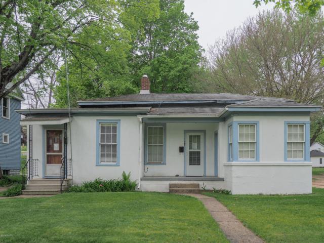 105 Park Drive, Allegan, MI 49010 (MLS #19021574) :: Deb Stevenson Group - Greenridge Realty