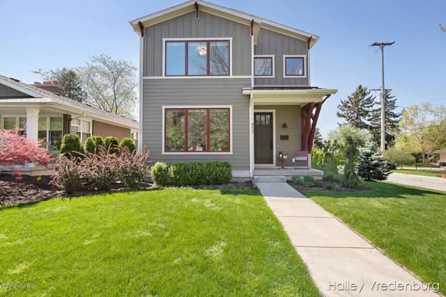 855 Bellclaire Avenue SE, East Grand Rapids, MI 49506 (MLS #19021634) :: JH Realty Partners