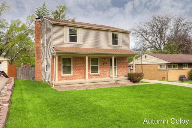 1437 Mayfield Avenue NE, Grand Rapids, MI 49505 (MLS #19021695) :: JH Realty Partners
