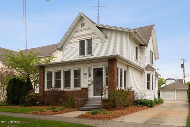 907 Michigan Street, St. Joseph, MI 49085 (MLS #19021727) :: JH Realty Partners
