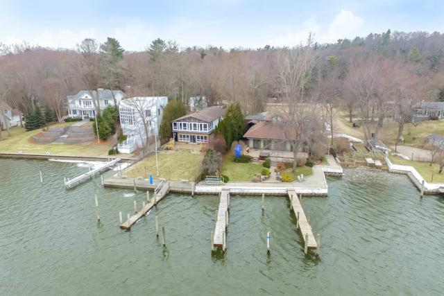 111 Park Street, Saugatuck, MI 49453 (MLS #19021759) :: Matt Mulder Home Selling Team