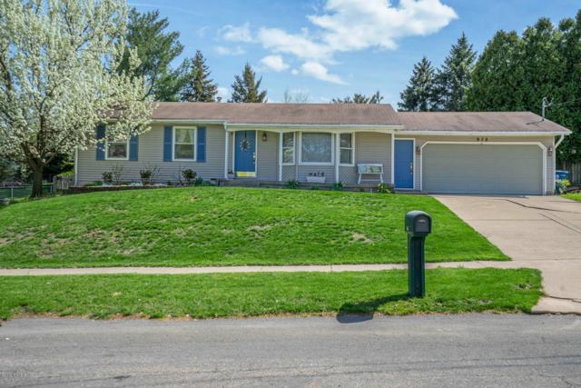 978 Woodmont Street NW, Grand Rapids, MI 49544 (MLS #19021851) :: Matt Mulder Home Selling Team
