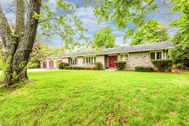 4219 Hart Drive Drive, St. Joseph, MI 49085 (MLS #19021856) :: Matt Mulder Home Selling Team