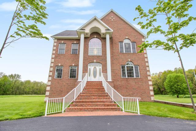 1024 Marshall Lane, Plainwell, MI 49080 (MLS #19021893) :: Matt Mulder Home Selling Team