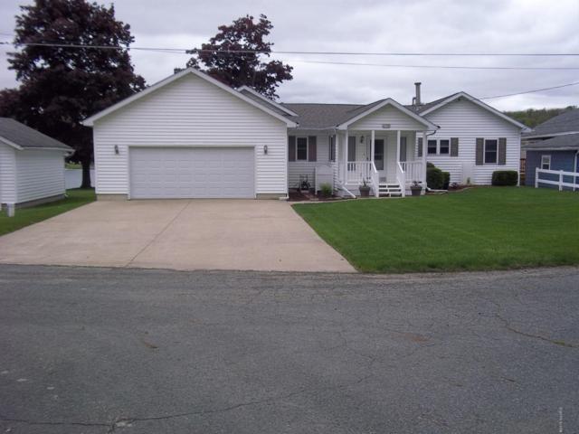 27198 Oak Drive, Sturgis, MI 49091 (MLS #19021961) :: Deb Stevenson Group - Greenridge Realty