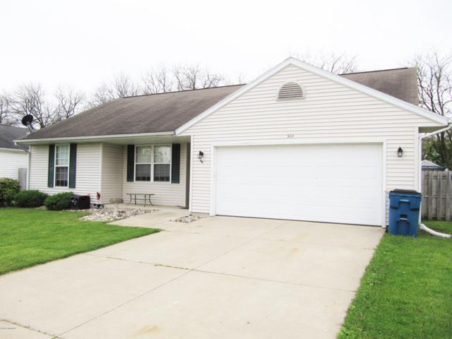 504 Sarah Street, Galesburg, MI 49053 (MLS #19022076) :: Matt Mulder Home Selling Team