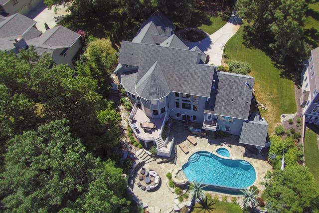 7440 Field Bay Avenue, Kalamazoo, MI 49009 (MLS #19022094) :: Matt Mulder Home Selling Team
