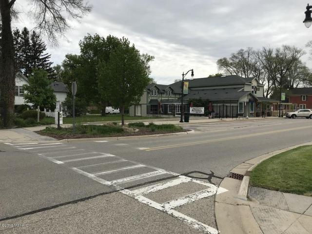 14 E Center Street, Douglas, MI 49406 (MLS #19022168) :: Deb Stevenson Group - Greenridge Realty