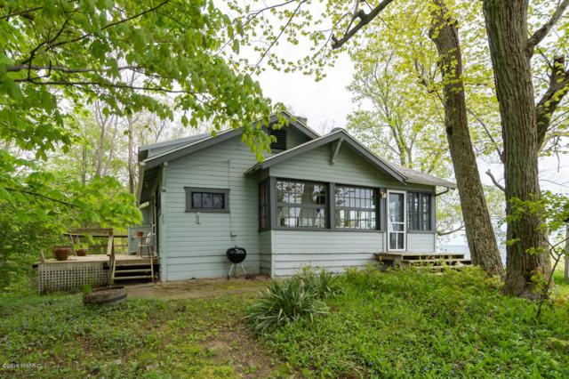 29821 Lake Bluff Drive, Covert, MI 49043 (MLS #19022326) :: Matt Mulder Home Selling Team