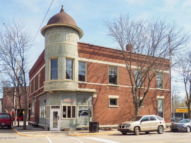 200 Locust Street, Allegan, MI 49010 (MLS #19022327) :: Deb Stevenson Group - Greenridge Realty