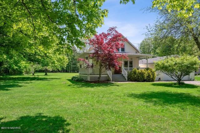 4815 Huntoon Avenue, Watervliet, MI 49098 (MLS #19022375) :: Matt Mulder Home Selling Team
