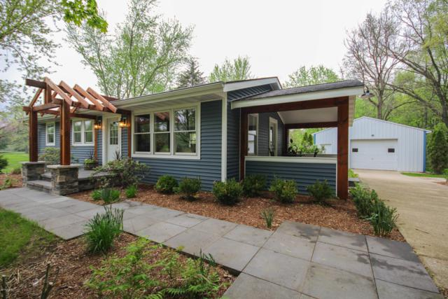 13240 Broadway Road, Three Rivers, MI 49093 (MLS #19022414) :: Matt Mulder Home Selling Team