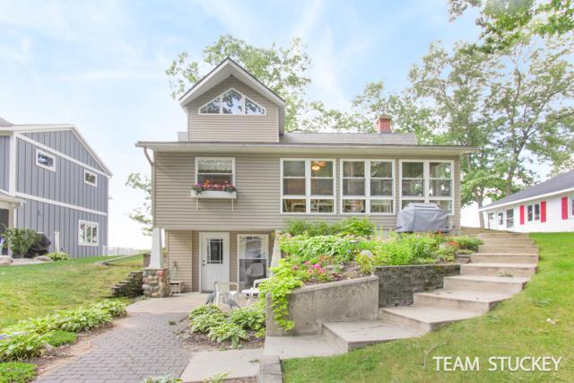 2695 Elmwood Drive, Pierson, MI 49339 (MLS #19022437) :: Matt Mulder Home Selling Team