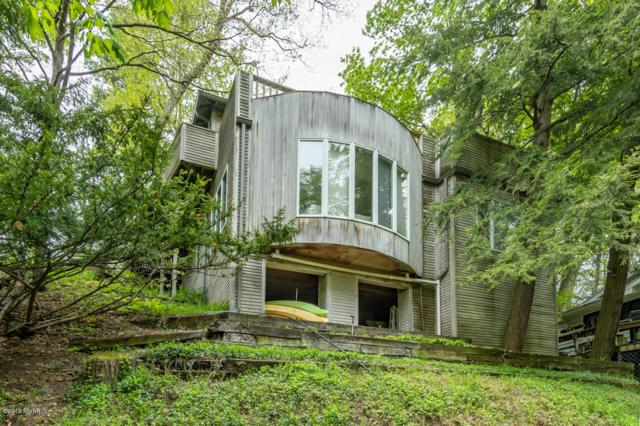 79994 Ramblewood Drive, Covert, MI 49043 (MLS #19022452) :: Matt Mulder Home Selling Team