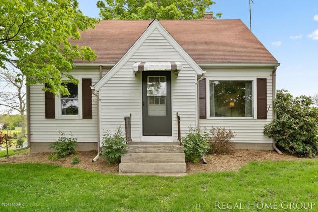 10379 Lovers Lane NW, Grand Rapids, MI 49534 (MLS #19022527) :: Matt Mulder Home Selling Team