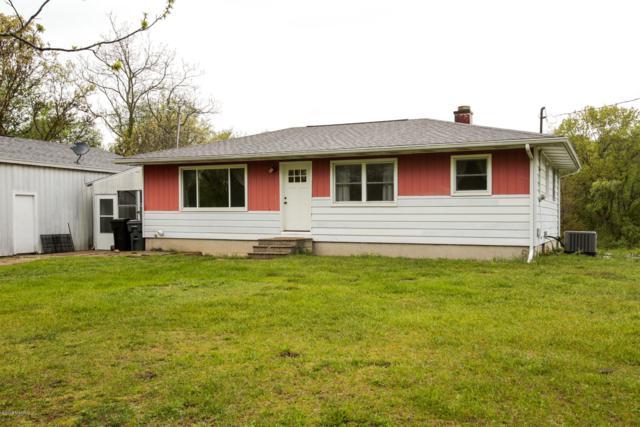 171 E Baseline Road, Plainwell, MI 49080 (MLS #19022561) :: Matt Mulder Home Selling Team