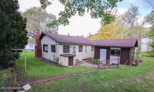 22825 Glopat Drive, Pierson, MI 49339 (MLS #19022636) :: Matt Mulder Home Selling Team