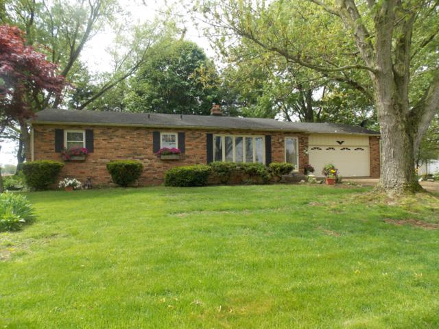2262 invicta Drive, Niles, MI 49120 (MLS #19022642) :: Matt Mulder Home Selling Team