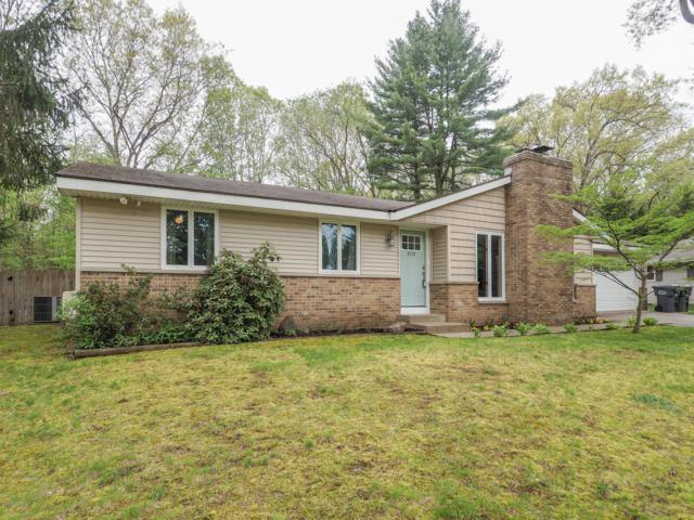 9328 Chapel Street, Portage, MI 49024 (MLS #19022681) :: Matt Mulder Home Selling Team