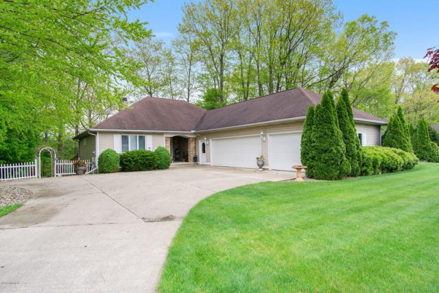 1589 Riverside Road, Niles, MI 49120 (MLS #19022740) :: Deb Stevenson Group - Greenridge Realty