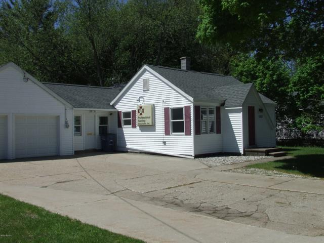 905 W Summit Avenue, Muskegon, MI 49441 (MLS #19022769) :: CENTURY 21 C. Howard
