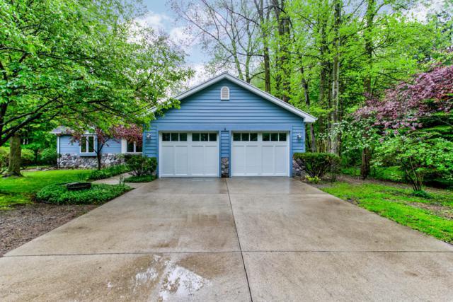 556 North Shore Drive #7, South Haven, MI 49090 (MLS #19022830) :: Matt Mulder Home Selling Team