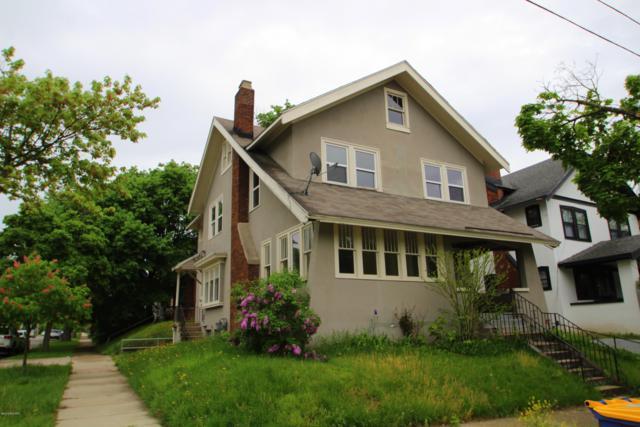 600 Giddings Avenue SE, Grand Rapids, MI 49506 (MLS #19022864) :: Matt Mulder Home Selling Team
