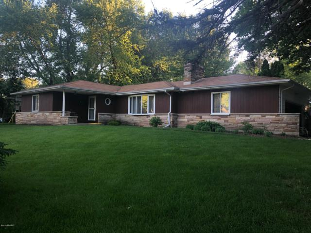 3817 Stonegate Road, Kalamazoo, MI 49004 (MLS #19022950) :: CENTURY 21 C. Howard