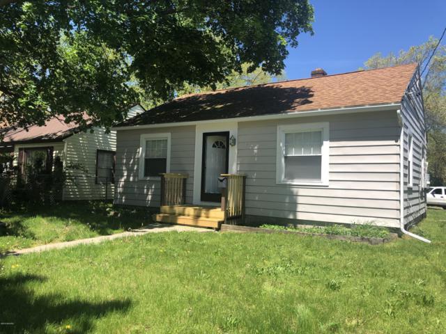 1145 Merritt Street SE, Grand Rapids, MI 49507 (MLS #19022981) :: Matt Mulder Home Selling Team
