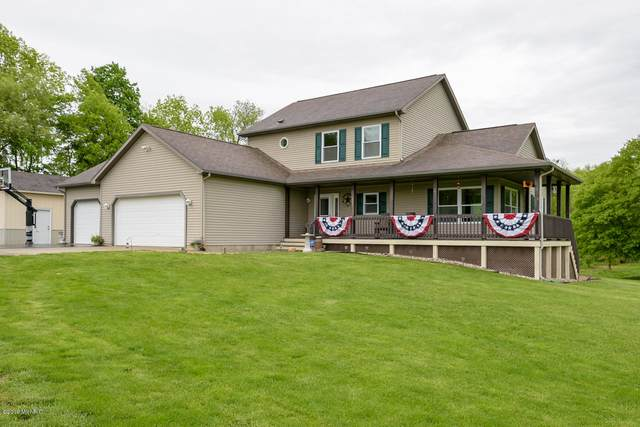 8445 S 29th Street, Scotts, MI 49088 (MLS #19023010) :: Matt Mulder Home Selling Team