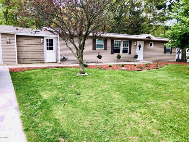 1106 Orchard Drive, Portage, MI 49002 (MLS #19023020) :: Matt Mulder Home Selling Team