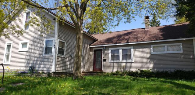 264 Fifth Avenue, Manistee, MI 49660 (MLS #19023026) :: Matt Mulder Home Selling Team