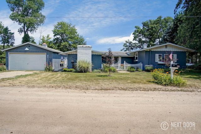 10658 N Bitely Avenue, Bitely, MI 49309 (MLS #19023246) :: Deb Stevenson Group - Greenridge Realty