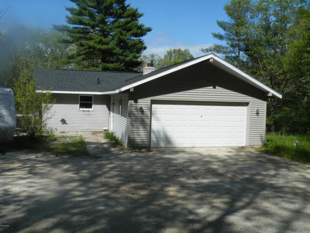 1224 W Holton Whitehall Road, Whitehall, MI 49461 (MLS #19023739) :: CENTURY 21 C. Howard