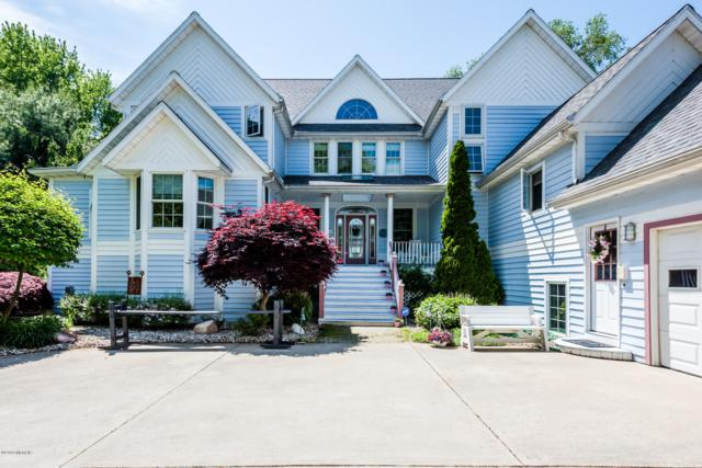 2699 Lake Bluff Terrace, St. Joseph, MI 49085 (MLS #19025584) :: JH Realty Partners