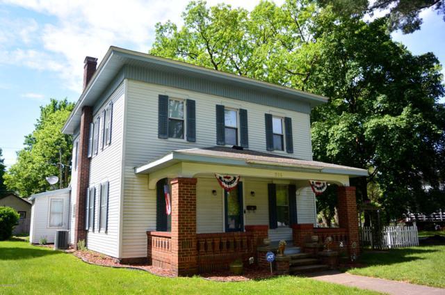 206 Michigan Avenue, Dowagiac, MI 49047 (MLS #19026014) :: CENTURY 21 C. Howard