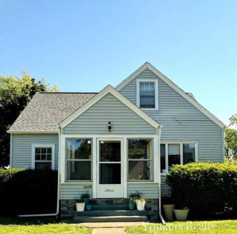 704 Petrie Avenue, St. Joseph, MI 49085 (MLS #19027545) :: JH Realty Partners